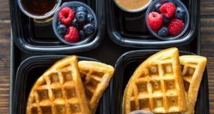 Meal-Prep Protein Waffles - #MealPrep #Protein #Waffles