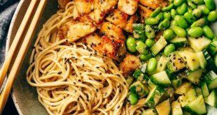 15 Minuten Zubereitung: Sesamnudelschalen